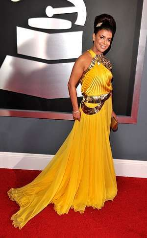 American Idol's Paula Abdul Shows Off Hair Jewelry #weddings trendhunter.com
