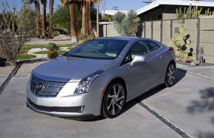 2018 Cadillac ELR overview