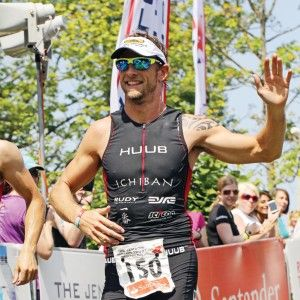 Jenson Button Trust Triathlon Highlights 2013 (VIDEO)