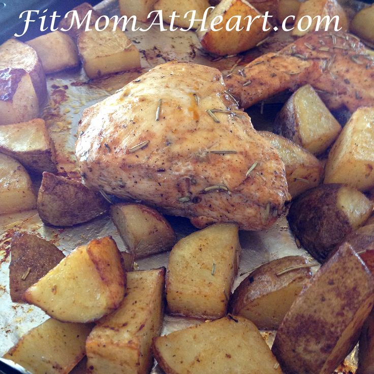 21 Day Fix Recipe: Rosemary Chicken and Potatoes This is so fast and easy and everyone in my family loves this meal! I'm a chicken and potatoes kinda girl so any diet that let's me eat both is a diet I want to be on!