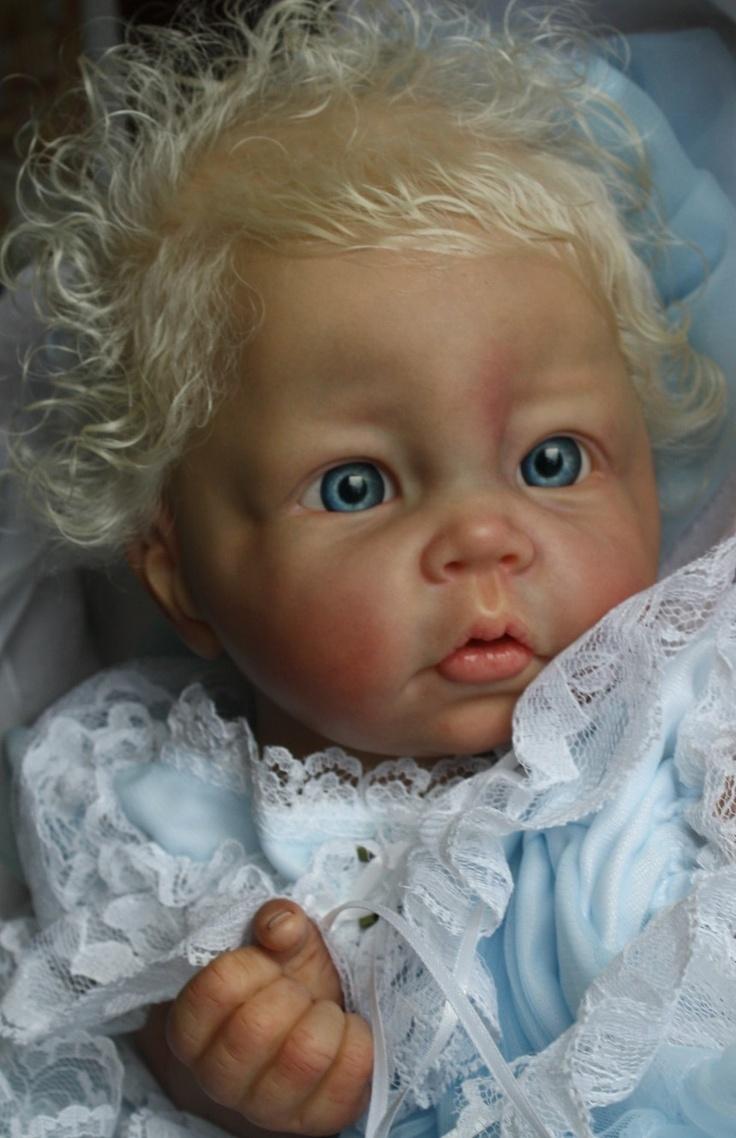 luca FACEBOOK  cuddle on delivery reborn nursery