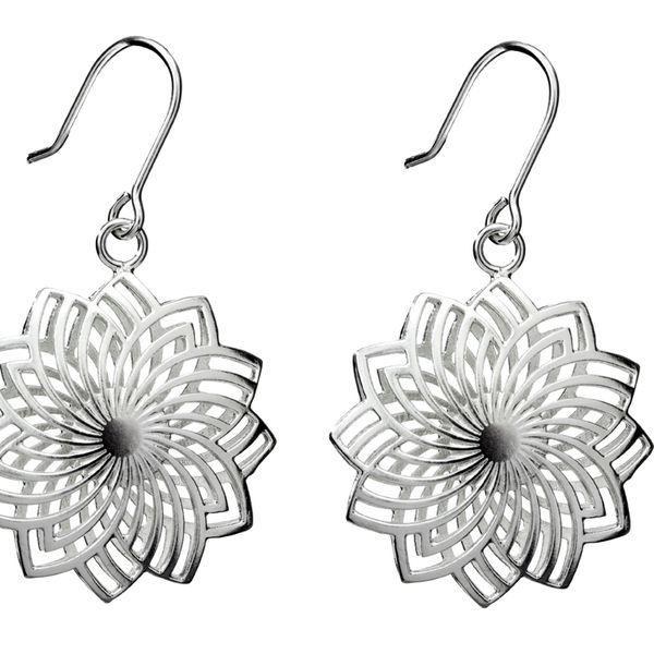 Kristian Saarikorpi / Luoava - Peony (hanging earrings) | Nordic Jewel - The Best of Scandinavian Design Jewellery