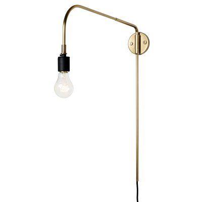 Warren vegglampe fra Menu, designet av Søren Rose Studio. En lampe som er inspirert av 30-talle...