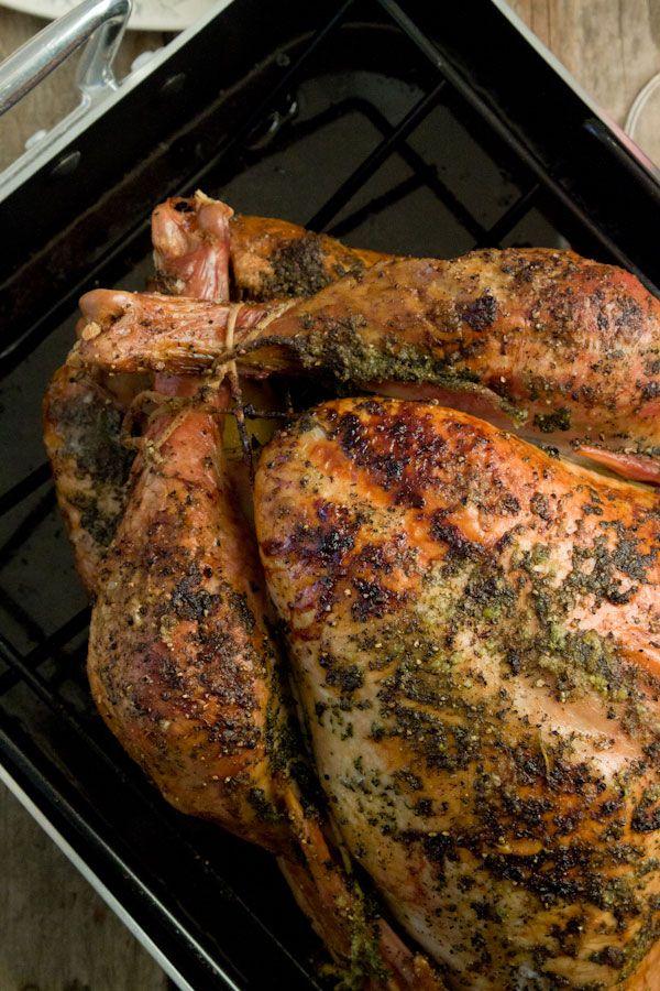 Citrus and Herb Roasted Turkey + Turkey 101 #thanksgiving