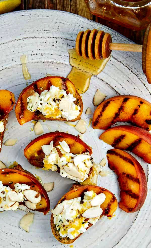 Bruschetta with Peaches, Lemon Ricotta and Honey - it will be your favorite bruschetta recipe!