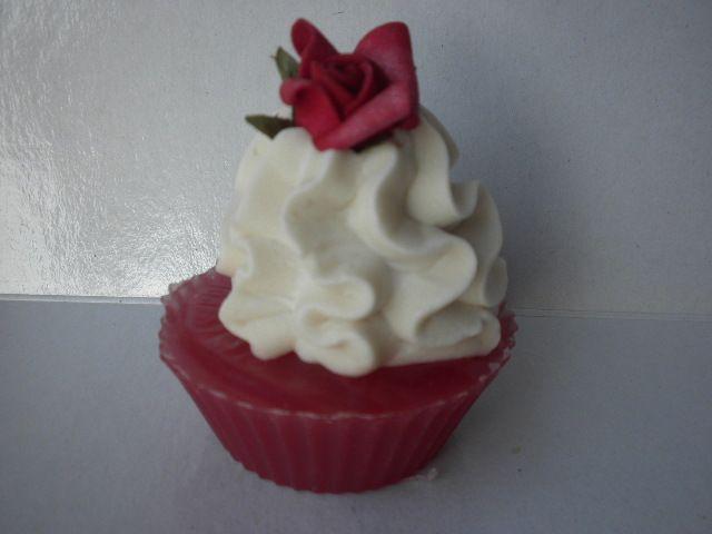 Cupcake soap!www.facebok.com/sapounospito