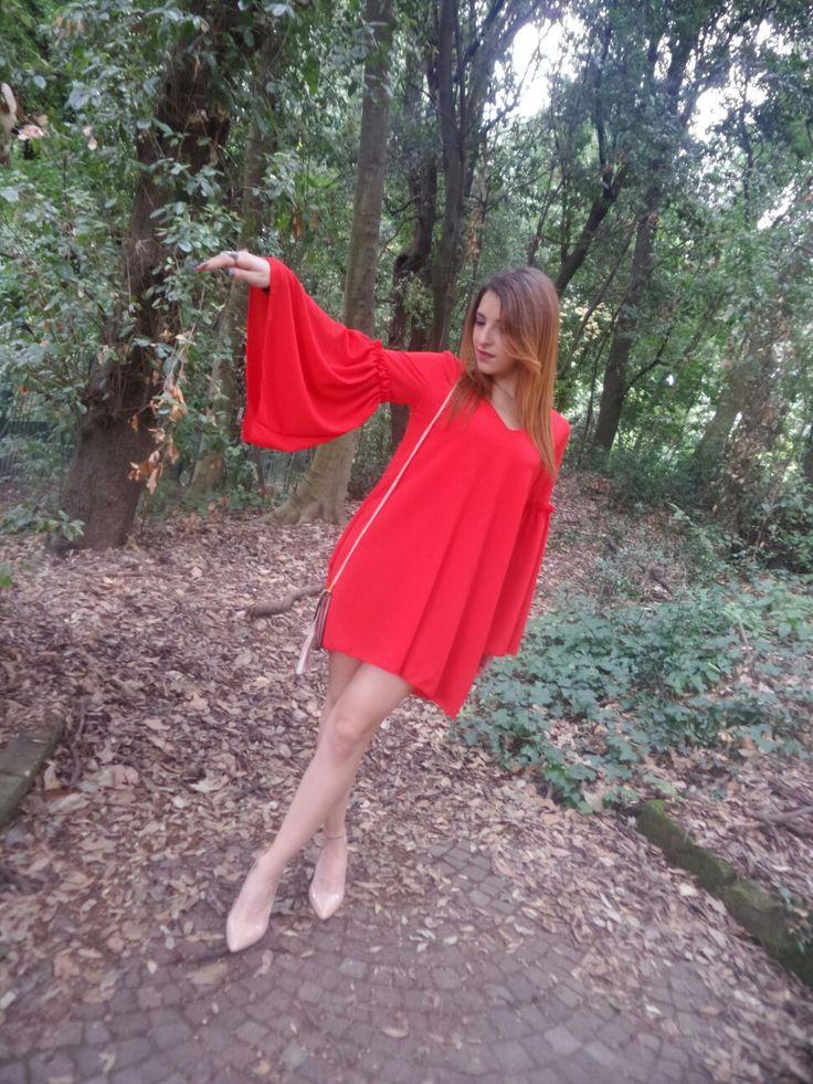 #Moda#fashion#style#donna#abbigliamento#girls#italia#dreams#boutique#social#outfit#temptations#beautiful#red