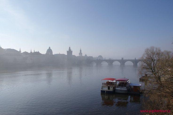 Спокойное утро в Праге