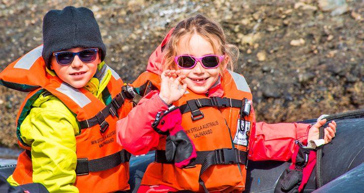 En diciembre LOS MENORES VIAJAN GRATIS! Una gran oportunidad para llevar a cabo ese viaje en familia tan esperado. Navegando a través de canales y fiordos patagónicos, conocerá los rincones más hermosos y vírgenes del mundo. ¡Consúltenos! #acrossargentina #viajes #sudamerica #argentina #chile #patagonia #crucero #enfamilia #glaciares #fiordos #paisajes #pinguinos #lugares #naturaleza #aventura