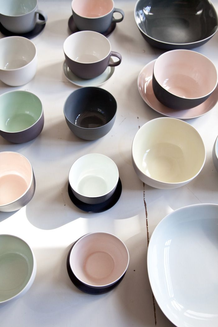 Nathalie Lahdenmäki - neutral matte surfaces with glazed interiors.