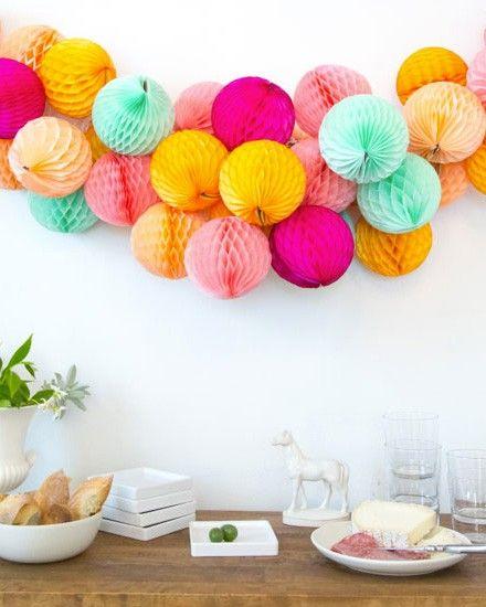 Shake My Blog | Une guirlande de boules en papier DIY