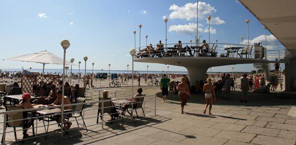 Vinkit perhelomalle Viroon http://www.rantapallo.fi/lapset-ja-matkailu/lasten-kanssa-viroon-perhelomailijan-tarpit/