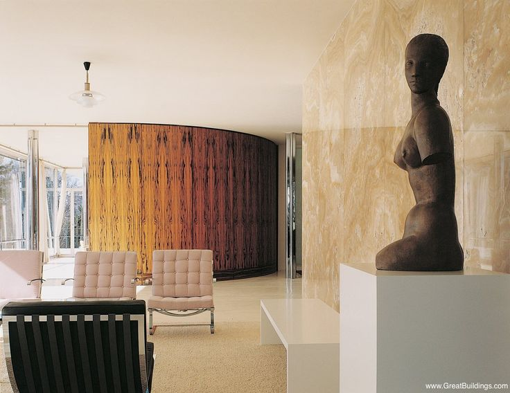 Curved wall - room separation. Patterned wall.  Tugendhat House - Mies van der Rohe