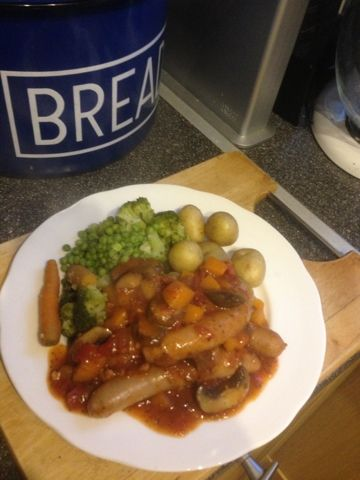 Vicki-Kitchen: Tasty sausage casserole (slimming world friendly)