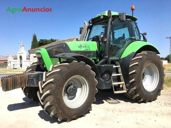 Venta de Tractor agrícola Deutz-Fahr AGROTRON 265 en Segovia
