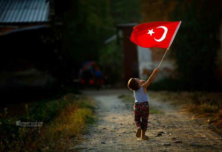Bayrak...... by ÖMER ŞAHİN Photography - Photo 183404363 / 500px.  #red #girl #city #sunset #street #travel #light #istanbul #turkey #beautiful #white #flag #türkiye #çocuk #bayrak #i̇stanbul