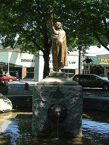 Statie pf Chief Seattle, located in Tilikum Place, 5th & Denny, Downtown Seattle - Wikipedia, the free encyclopedia