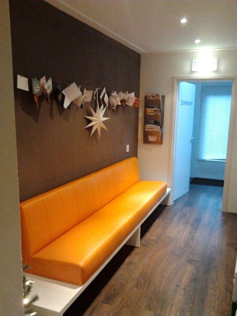 Meer dan 1000 idee n over keuken zitbanken op pinterest keukenbankjes bankjes en banquettes - Sofa zitplaatsen zwarte ...