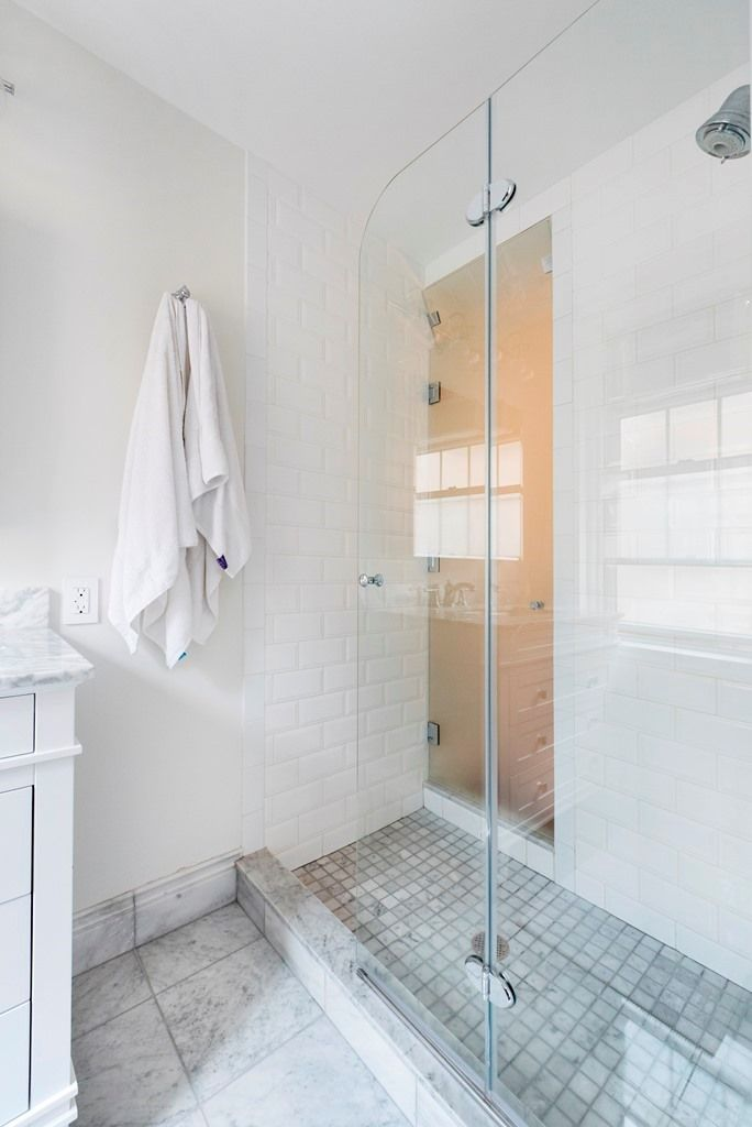 9 Storage Design Ideas For Your Small Nyc Bathroom Simple Kitchen Remodel Kitchen Remodel Layout Kitchen Remodel Cost