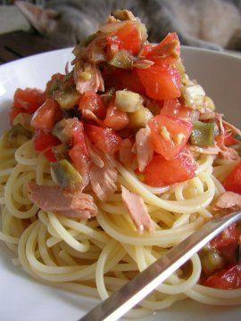 Spaghetti al tonno fresco