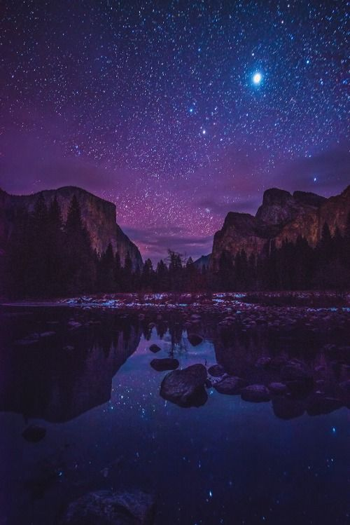 Yosemite Valley by Starlight by Darvin Atkeson on Flickr.