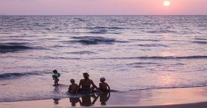Långresor med barn – så får du den bästa semestern http://www.travelmarket.se/blog/langresor-med-barn?utm_source=rss&utm_medium=Sendible&utm_campaign=RSS