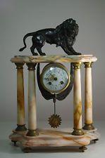 17 meilleures id es propos de pendule ancienne sur pinterest horloges anciennes un pendule. Black Bedroom Furniture Sets. Home Design Ideas