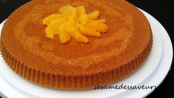 Aujourd'hui, le Sésame Des Saveurs propose une recette de gâteau sans œufs, ni produits laitiers. Composé de farine complète de blé dur, de farine blanche, de sucre, de levure chimique, d'huile, d'eau et de jus d'orange, ce gâteau est à la fois savoureux,...