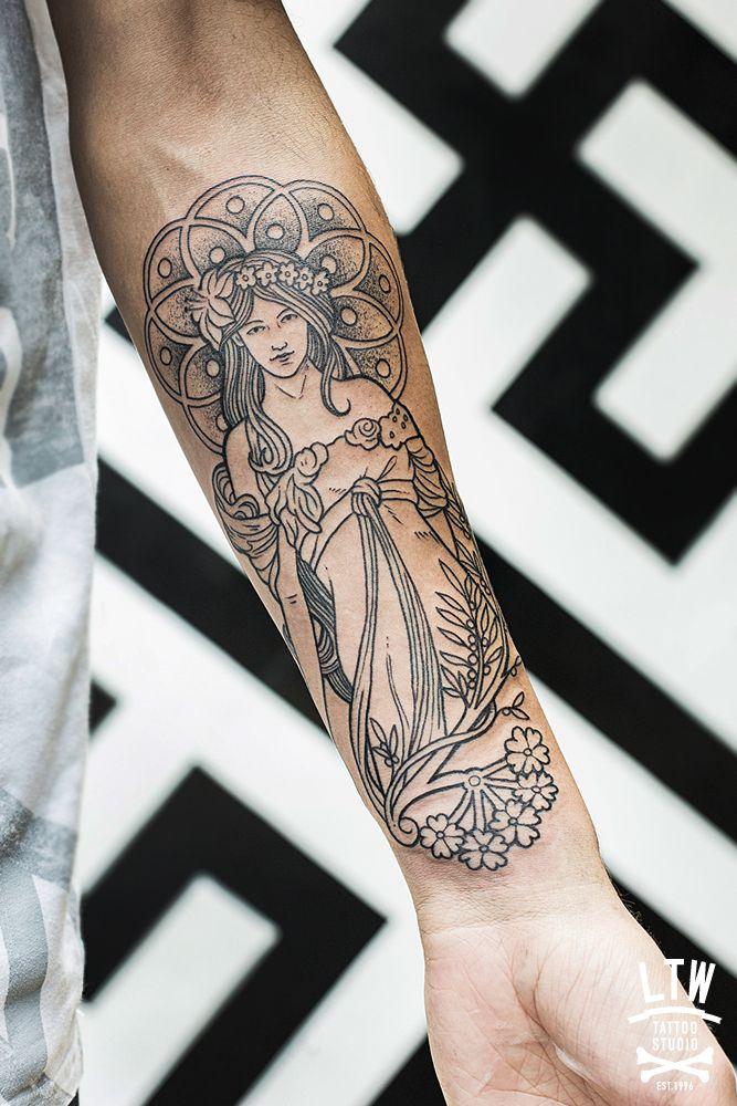Alphonse Mucha by Cisco (LTW Tattoo - Barcelona) Love the delicate, Art Deco style