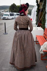 American Duchess: V322: Another Day at Dickens Christmas Fair, San Francisco