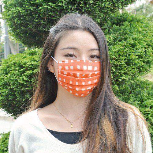 25%OFF | 可洗滌、舒適且可愛的手工立體口罩 Handwritten Gingham Red 格子 保湿 透氣良好 日本製 | TEMARIYA