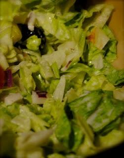 copycat Olive Garden dressing: Salad, Drinks Delight, Recipes Food Drinks, Copycat Olives, Olives Gardens Dresses, Favorite Restaurant, Olive Garden Dressing, Olive Gardens, Favorite Recipes
