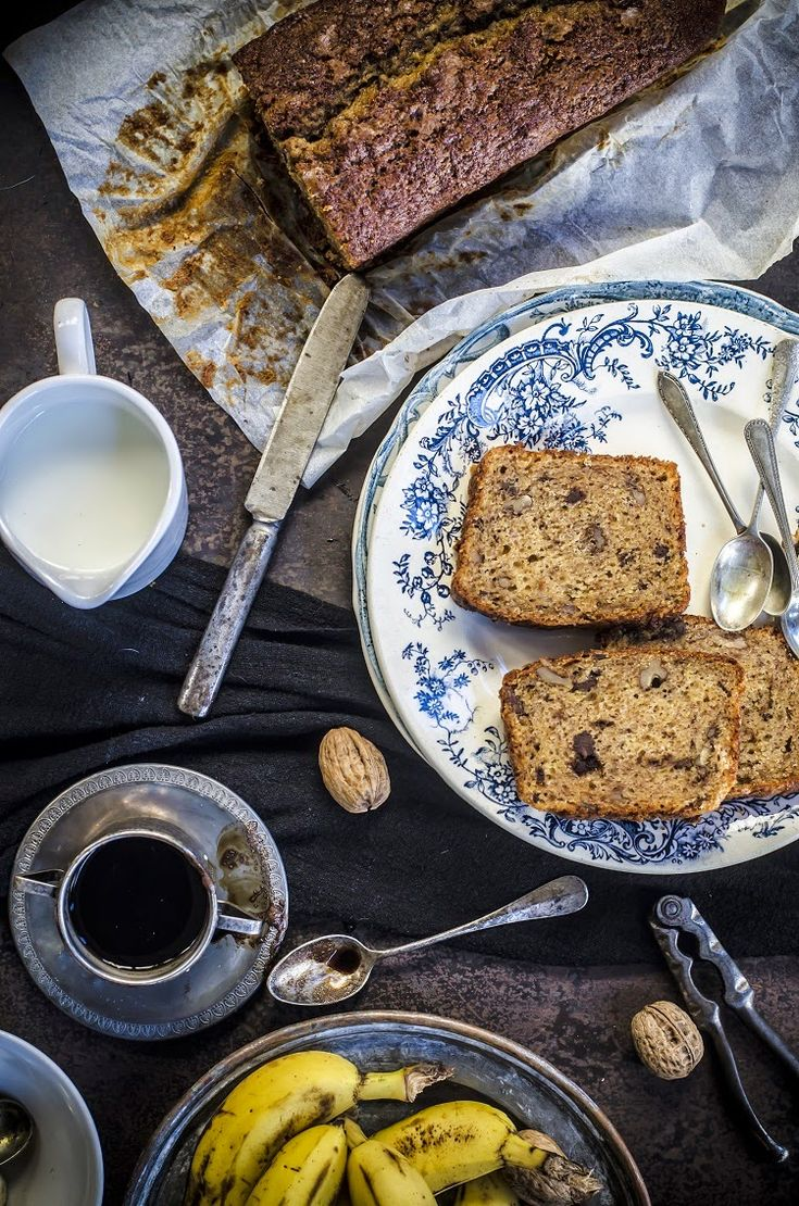 Banana Bread with Chocolate & Nuts: By Frames Of Sugar