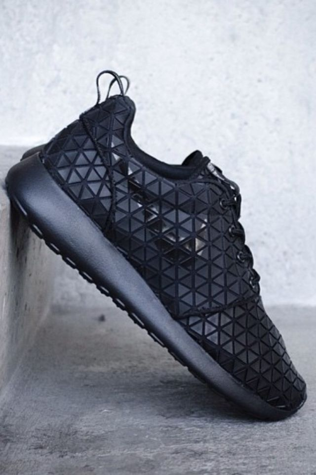Nike Roshe Run Metric ...