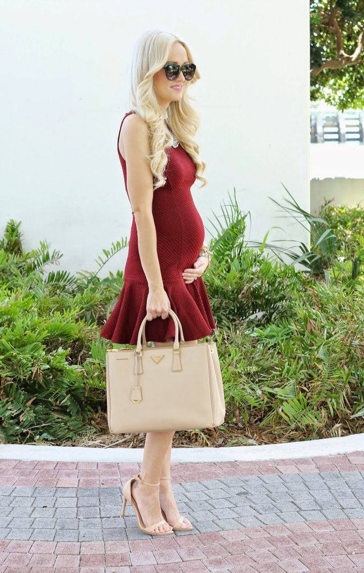 A Spoonful of Style- pretty and pregnant #maternitystyle  Maternity clothes
