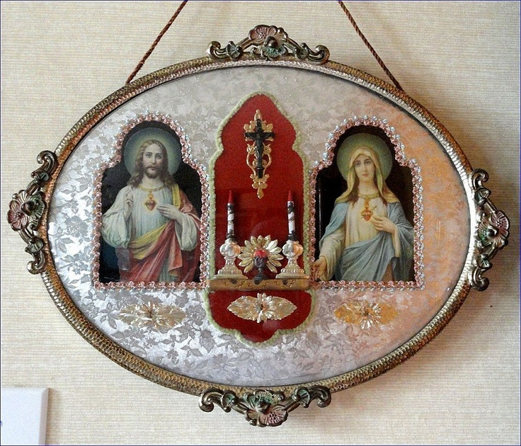 vintage wall shrine, brings back childhood memories of pictures in JoAnn's house. Always loved these.