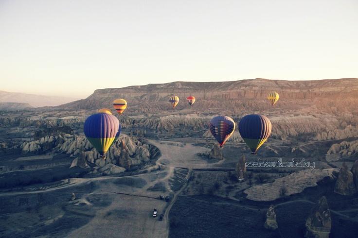 Hot air baloons in Cappadocia, Turkey
