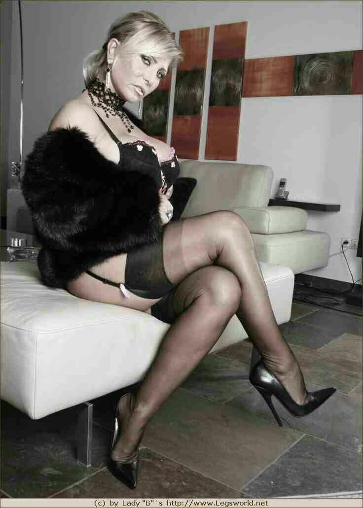 Sexy heels nylons