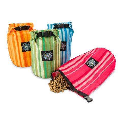 On The Go Weekender Dog Food Travel Feedbag | PupLife Dog Supplies