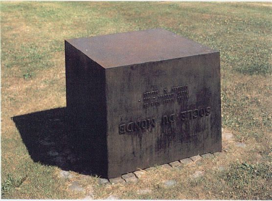 Piero Manzoni - Socle du monde (Base of the World) 1961