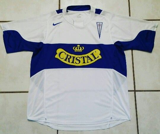 NIKE Universidad Catolica Chile Soccer Jersey #jerseys#soccer#universidadcatolica#chile#futbol
