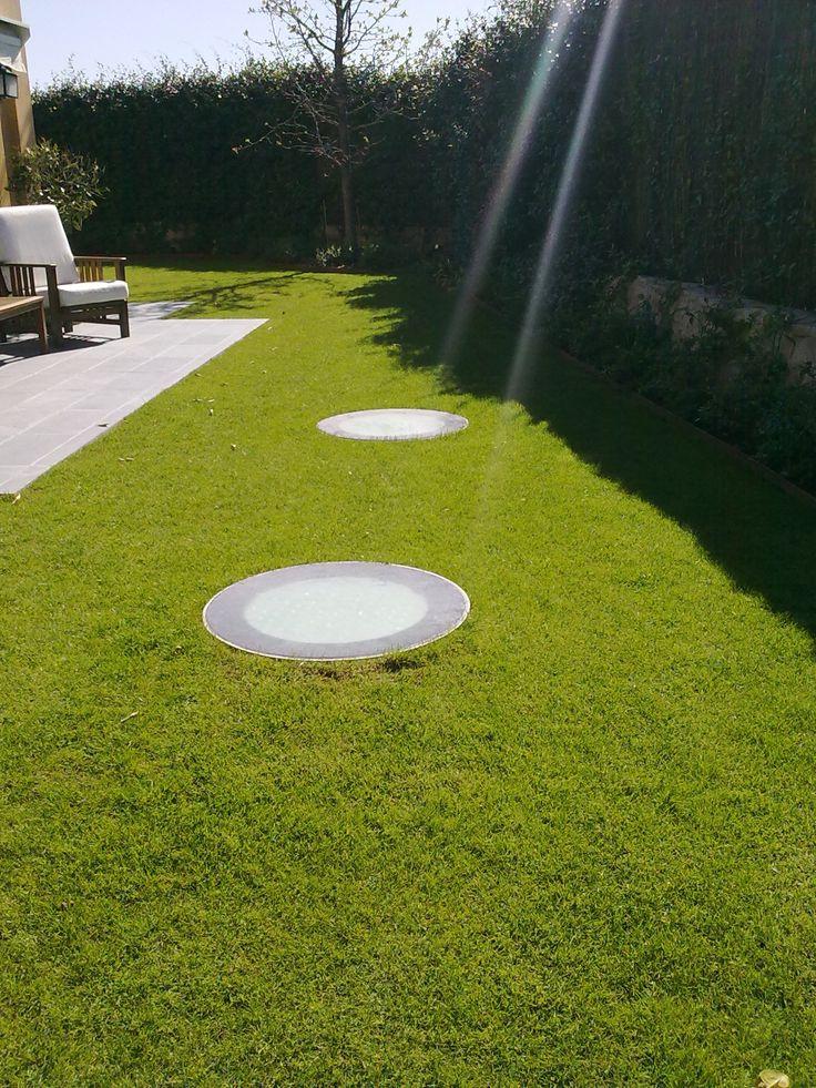 Deplosun Lichtkokers goed te integreren in uw tuin. Meer daglicht binnen in uw kelder, lekker ontspannen en genieten met natuurlijk (zon-) licht.