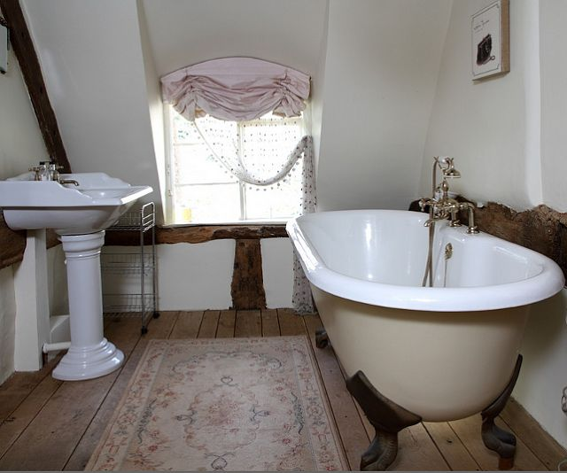 286 best shabby chic bathroom badezimmer images on pinterest bathroom bathrooms and. Black Bedroom Furniture Sets. Home Design Ideas