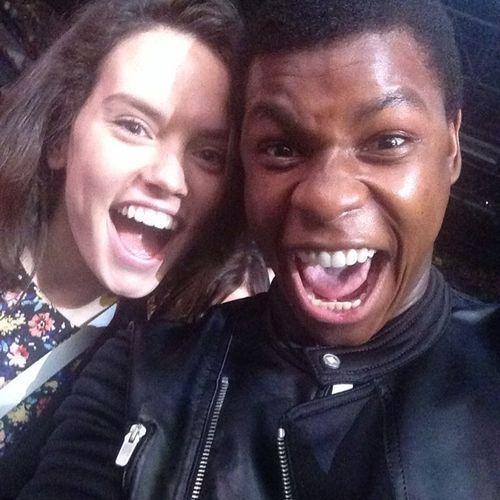 CANDID - John Boyega & Daisy Ridley -Star Wars The Force Awakens
