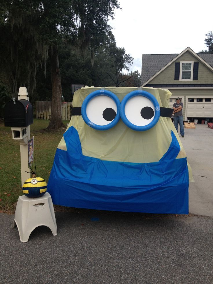 minion car trunk or treat car decoratinghalloween craftshalloween costumes halloween