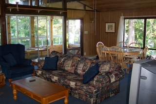 OFF SEASON DOUBLE DISCOUNT Inn Suites at Sunny Point Resort Rent 2 nights in our inn and receive the 3rd night pay only 1/2 price Valid May - June 19, 2014 and Sept 2 - Oct 21, 2014 Not Valid Victoria or Thanksgiving Weekends