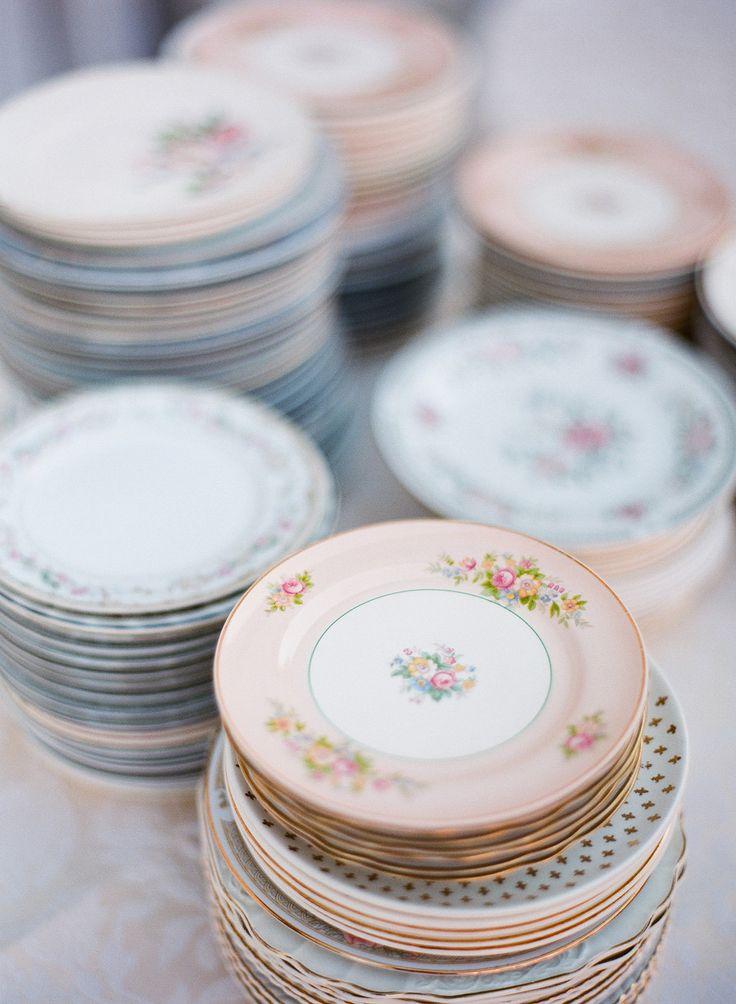 Cheekwood Botanical Garden wedding, Nashville Wedding, mismatched china plates for wedding reception