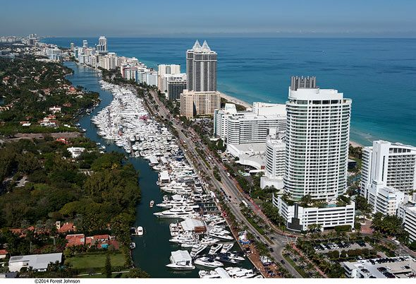 Yacht & Brokerage Show in Miami Beach 2015 #MiamiBeach #BoatShow