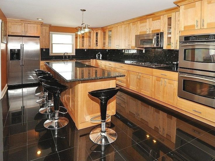 Traditional Kitchen With Kitchen Island Stonemark Granite Granite Countertop In Black Galaxy