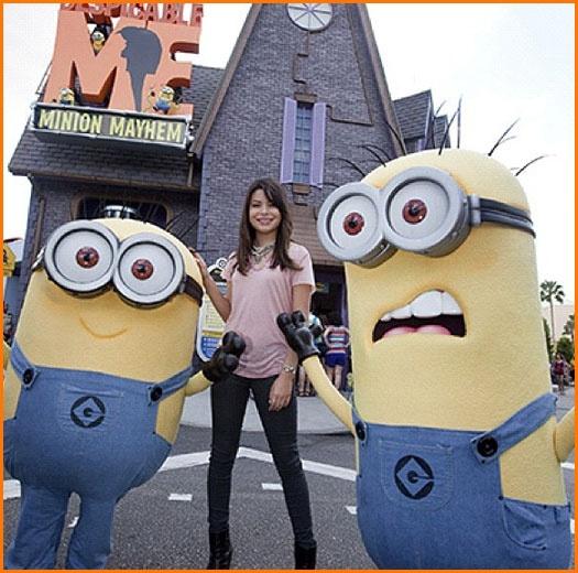 "Miranda Cosgrove Supports ""Despicable Me"" At Universal Studios In Florida"
